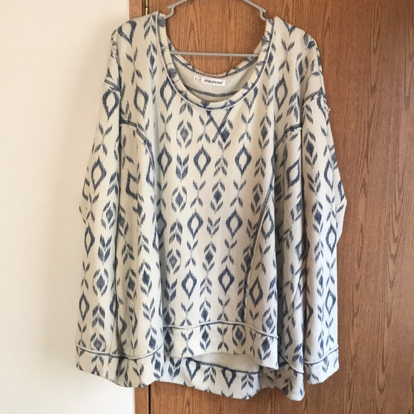Maurices Sweaters - Maurice's Size 3 Cream and Navy Patterned Sweater